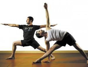 jb0515_yoga_namaste_SI_opt-600x460